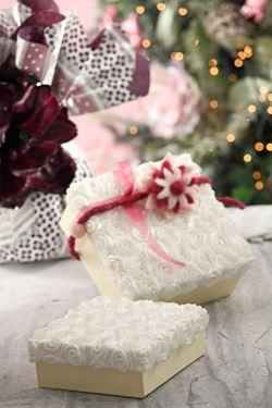 Immagine di S/2 scatole Roses quadrate,bianco, riv.tessuto,17x17xH8;15x15xH5cm.