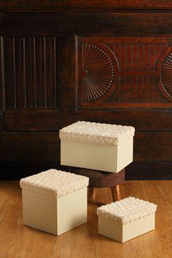 Immagine di S/3 scatole Roses rett,bianco, riv.tessuto,da 24x17xH13 a 18x13xH9.5cm