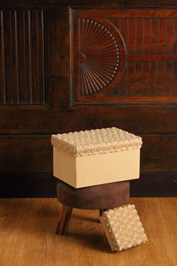 Immagine di S/3 scatole Roses rett,beige, riv.tessuto,da 27x19xH15 a 33x24xH19cm