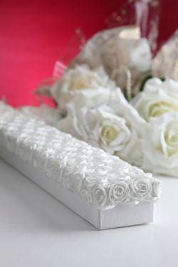 Immagine di Scatola Roses rettangolare,bianco, riv.tessuto,80x8xH5cm.