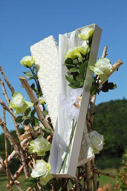 Immagine di Scatola Roses rettangolare,bianco, riv.tessuto,82x14xH6,5cm.