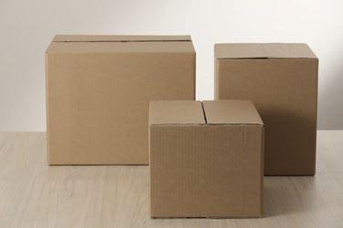 Immagine di 3Scatola cartone americana cm.27x27x32h avana/neutro,stesa