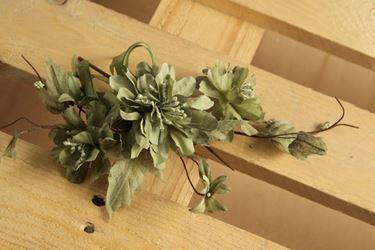 Immagine di Pick tre fiori e nastro, verde, h.33cm