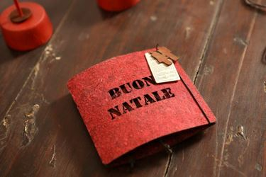 Immagine di S/8 Pendenti Buon Natale, feltro,  ecosostenibili, rosso