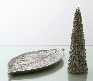 Picture of S/2 vassoi foglia argento, poliresina ,  cm30x15x2, 16x8x1