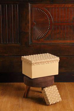 Picture of S/2 scatole Roses quadrate,beige, riv.tessuto,17x17xH8;15x15xH5cm.