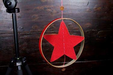 Picture of Pendente stella nel cerchio, ecosostenibile, rosso, diametro 30