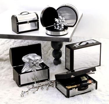 Immagine di S/2 bauletti arrotondati argento/nero con chiusura 30x26x13  26x21x10