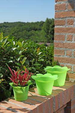 Picture of Coprivaso DOLLY in plastica verde chiaro per vaso di diam. 17 cm