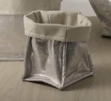 Picture of Cubo, suede, argentocm.15x15x23h