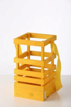 Picture of Lanterna legno giallo, 15x15xh.30cm senza manico