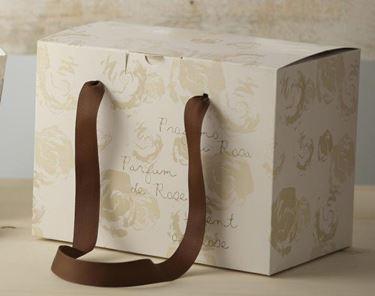 Immagine di Box 18x27x20h PARFUME ROSE panna steso