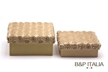 Immagine di S/2 scatole Roses quadrate,beige, riv.tessuto,17x17xH8;15x15xH5cm.