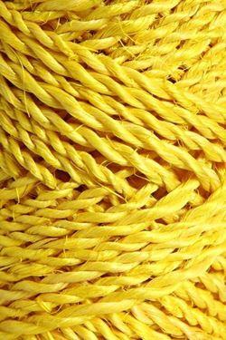 Immagine di Cordino ABACA 100gr, +/- 45mt giallo