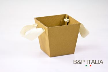Picture of Plant box cartone 15x15-20x20xH18.  avana/neutro,stese,nastro a parte